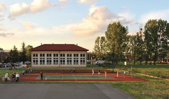 Kompleks sportowy w Stanisławicach